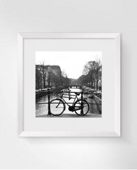 Sozinha   Amsterdam - Holanda (AHH)